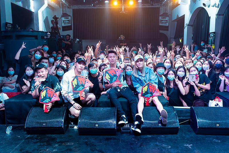 《Toyota TV嘻哈一夏演唱會》首度開放觀眾現場近距離參與,邀來《頑童MJ116》瘦子E.So和小春Kenzy 獻唱。/Toyota TV提供
