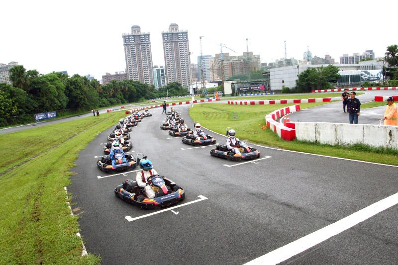 本屆決賽採類似F1的兩輪測時賽制。