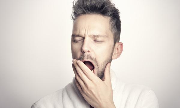 有些健康食物反而讓你失眠!8種食物 睡前別誤吃