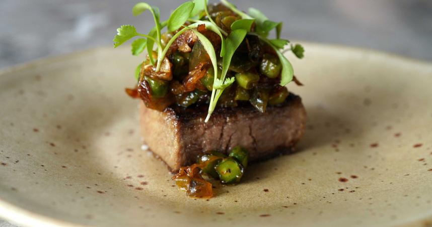法餐與燒肉的結合 兩大品牌打造聯名私廚 4月正式開幕