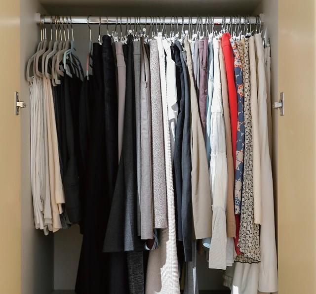 吊掛衣服整理的方法