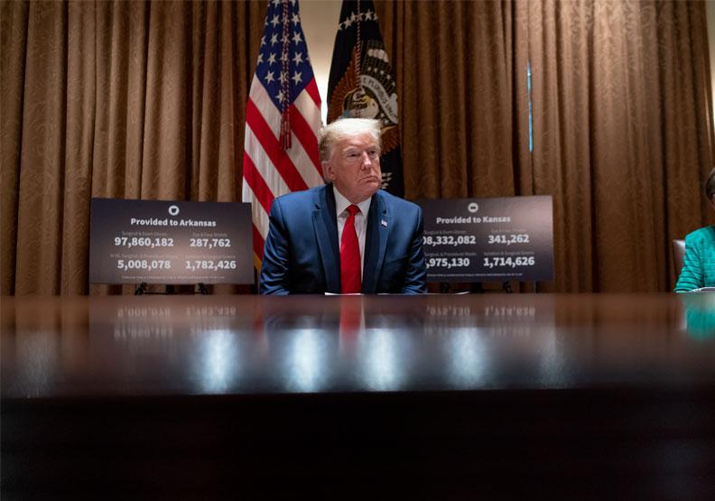 川普急於重啟經濟,迫切的想要鬆綁限制。flickr,The White House