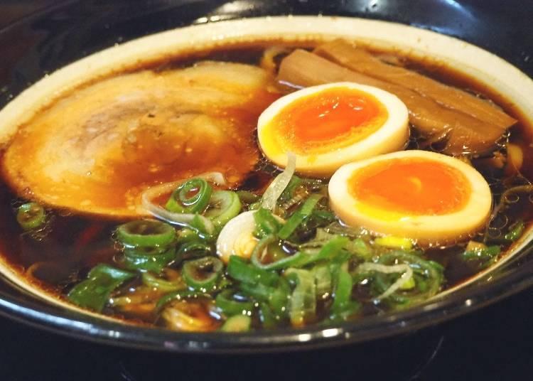「大阪黑拉麵」950日圓(含稅)