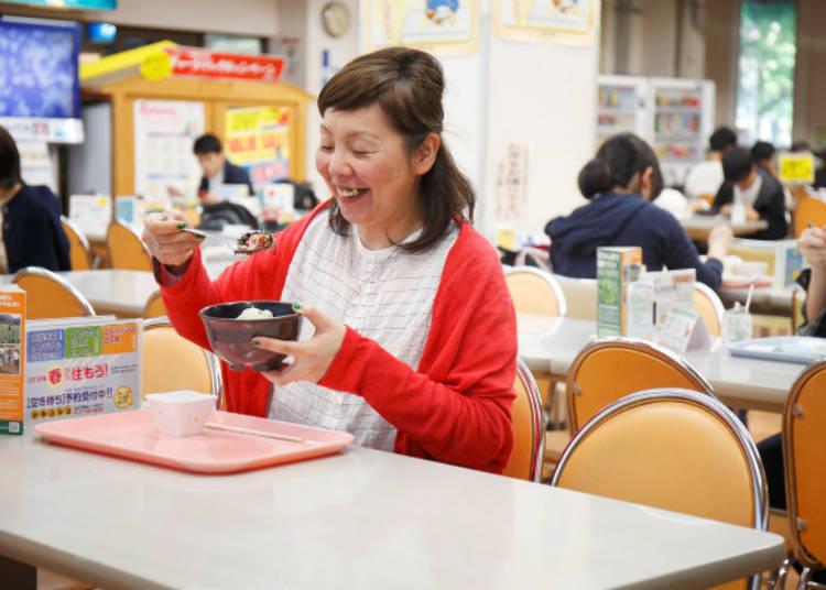▲總是充滿許多學生、熱鬧的中央食堂
