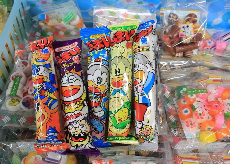獨特世界觀的包裝&卡通人物擄獲人心,有點像「多啦A夢」又有點不像…1個10日圓