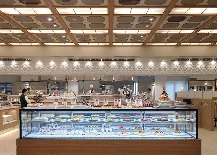 餐廳內還附有LIVE KITCHEN,會為客人們提供現做的美味料理