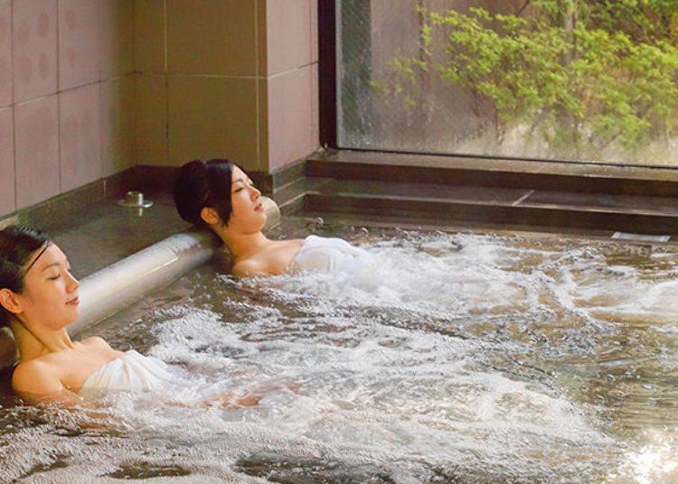 ▲這是能躺在按摩浴缸內放鬆的「寝湯」。隨便怎麼躺全身都能放鬆,可以好好享受一下!