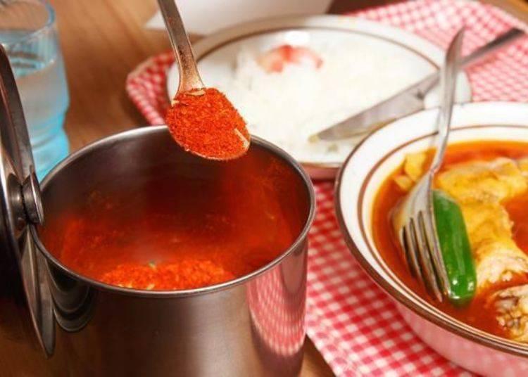 ▲如果想吃更辣一點的話,可以用桌上的瑪薩拉粉自己調整辣度