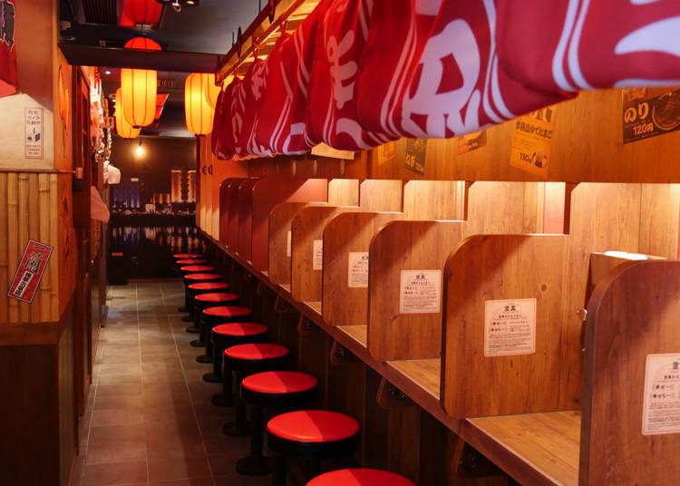 店裡有能夠以英文或中文溝通的店員駐點