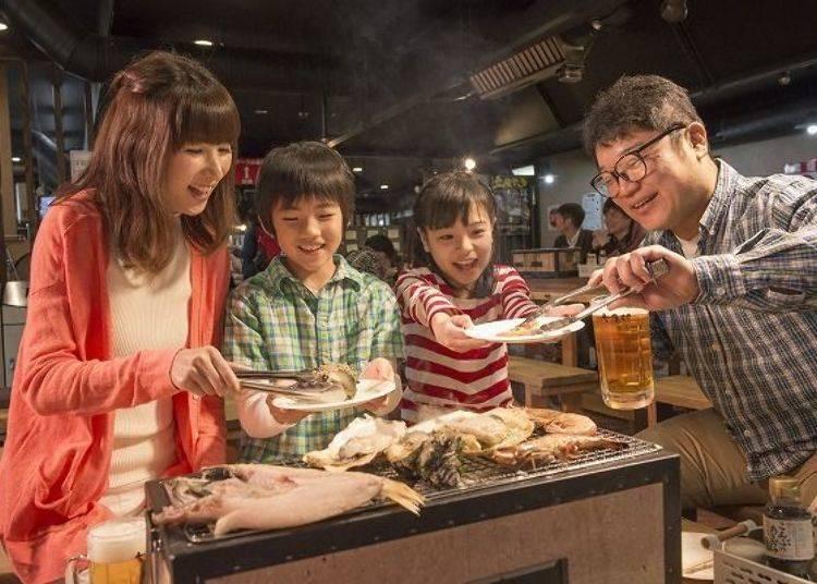 ▲家族同樂吃得開心(圖片提供:八食中心)