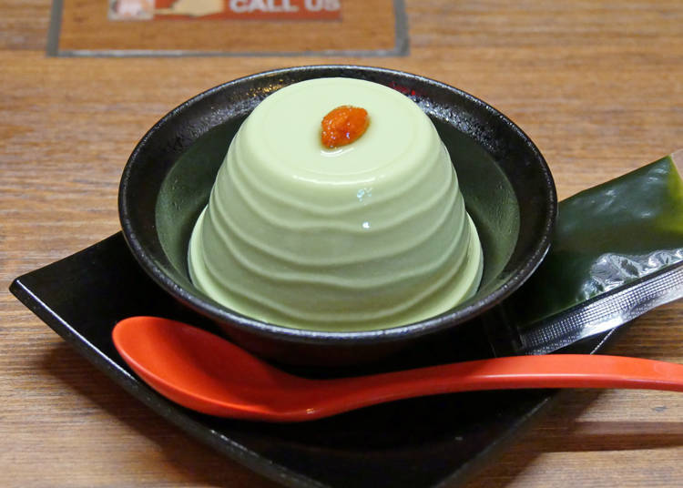 淋上抹茶醬之前的抹茶杏仁豆腐