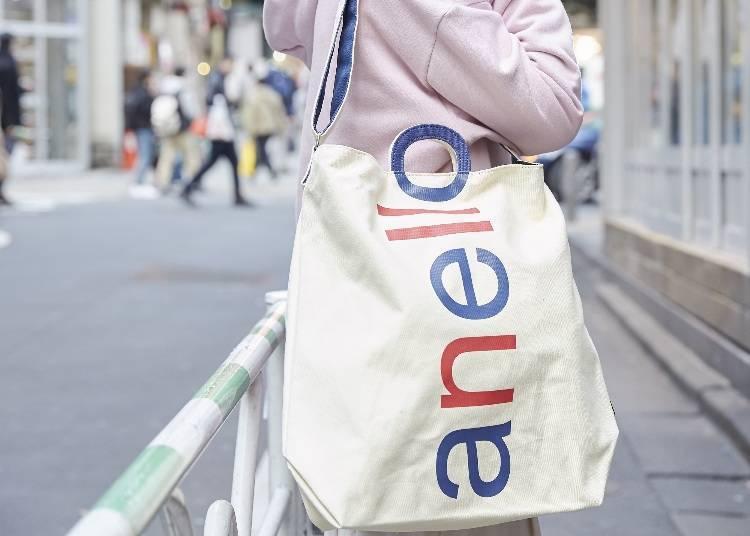 ▲LOGO印刷2way托特包3,500日圓(未税)、側拉鍊外套 3,900円(未税)