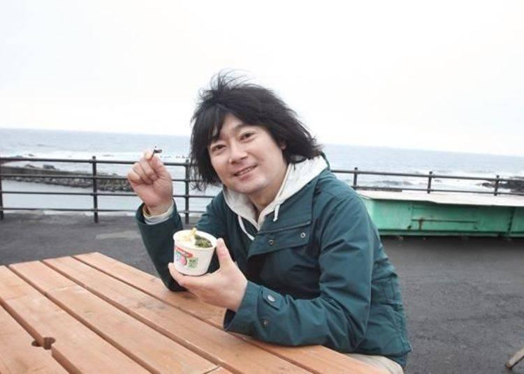 這是在美味的背後擁有許多知識與技術的冰淇淋。一邊眺望海景一邊品嚐吧~
