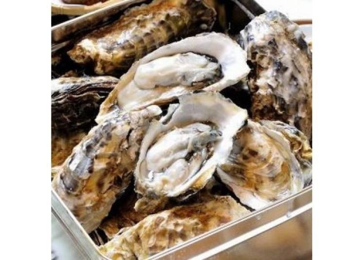 用大火清蒸的厚岸「丸衛門」牡蠣。