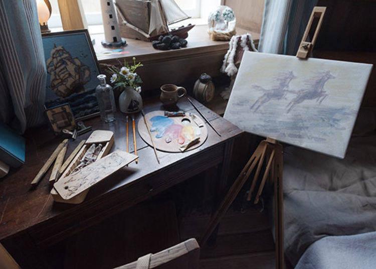 ▲嚕嚕米房間裡的畫板上有著嚕嚕米故事中的虛構生物「花馬(うみうま)」