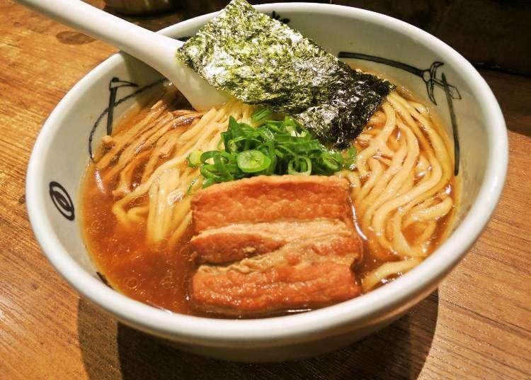 在地人排隊再長也要吃到!新宿站西口專家推薦必吃的3家人氣拉麵店
