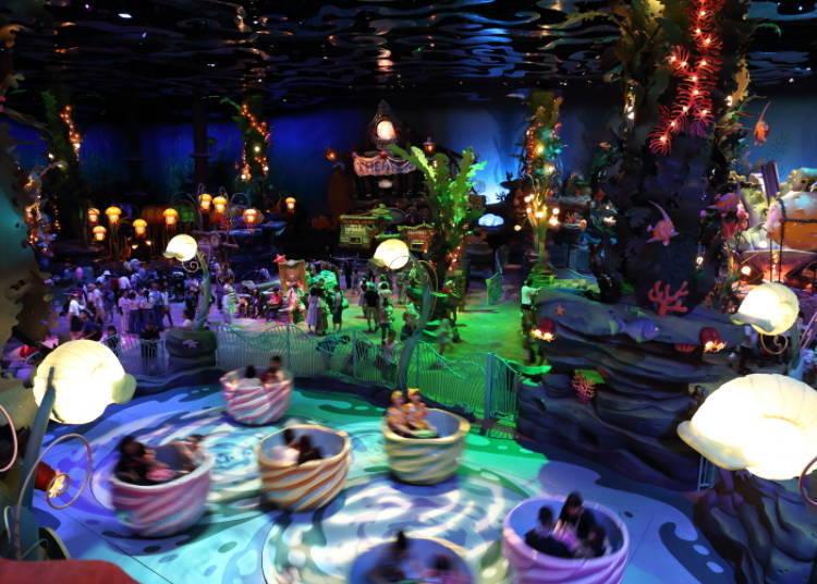 美人魚礁湖因為是室內空間因此天候不佳時會比較多人