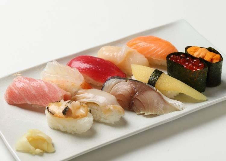 「一位」(3980日圓、含稅)。有黑鮪魚的中腹和赤身、活干貝、活北寄貝等11貫握壽司。