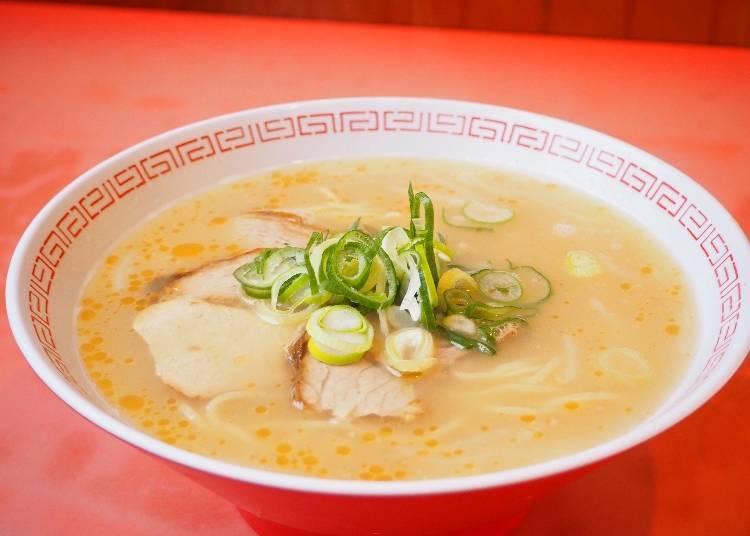 「拉麵」600日圓(含稅)裡也有3片叉燒肉