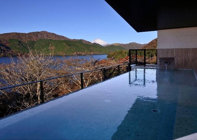 從女用露天風呂也能看見富士山