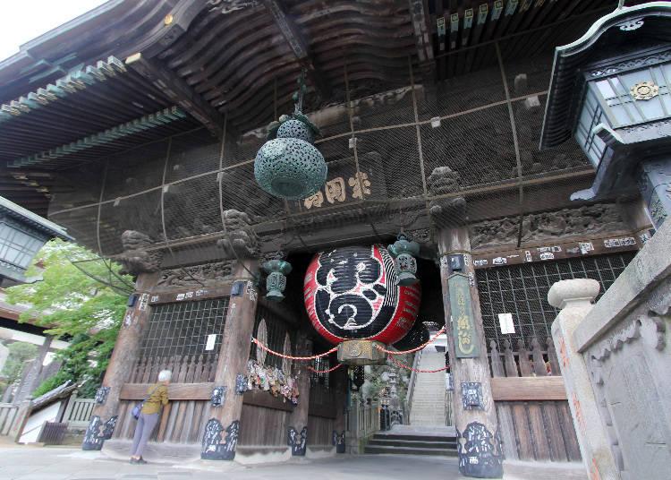 1831年重建的檜木仁王門
