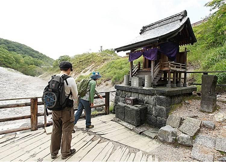 因為這裡的溫泉水量很少,所以只有在供應一日泡湯的「Sagiriyu」(さぎり湯)可以使用這裡的溫泉。
