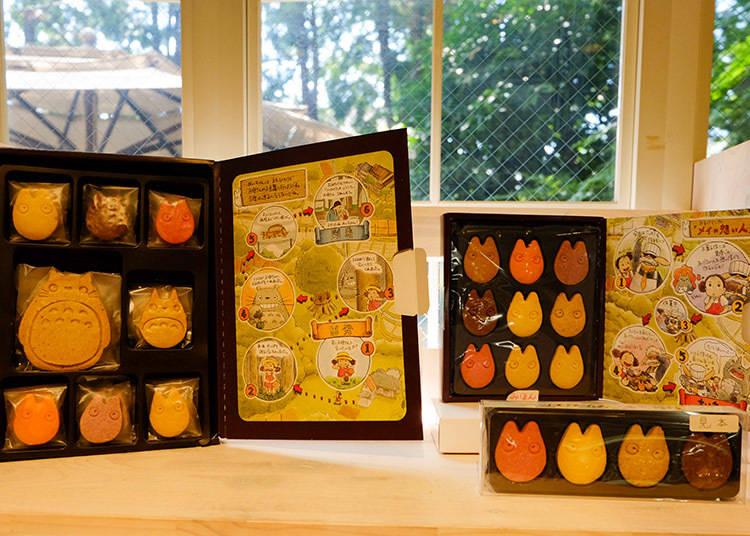 (左) 8種類24片入餅乾盒 2800日元(含稅)/ (右上) 9片入餅乾盒 1250日元(含稅) / (右下) 4片入餅乾盒 500日元(含稅)