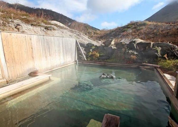 硫磺被認為對皮膚與頭髮都很好,可在此溫泉設施享受含有硫磺的泉質溫泉,是此處的特色。
