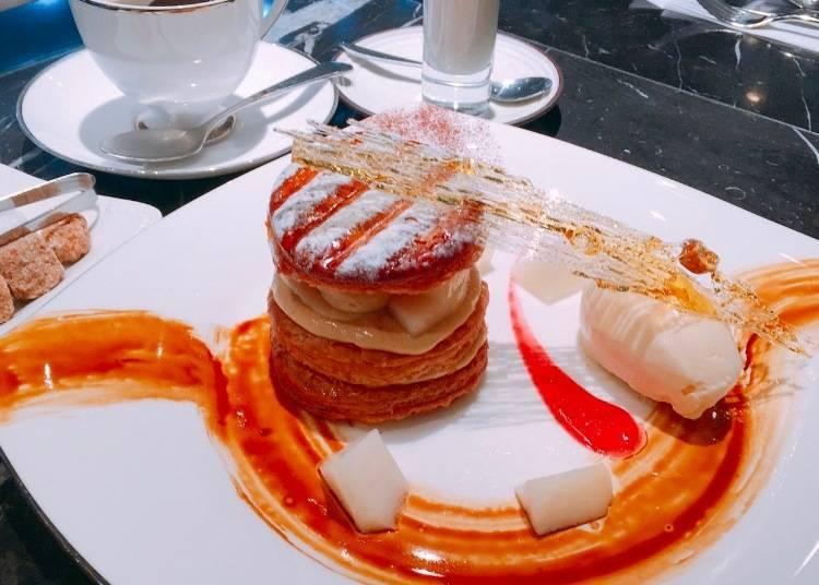 季節限定水果法式千層酥冰淇淋(Millefeuille au La vie en rose)價格:1350日圓(含稅)