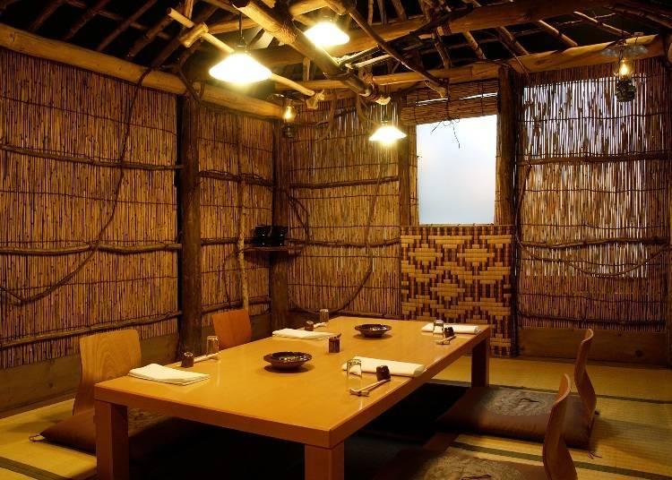 重現阿依努族的傳統房屋的房間。