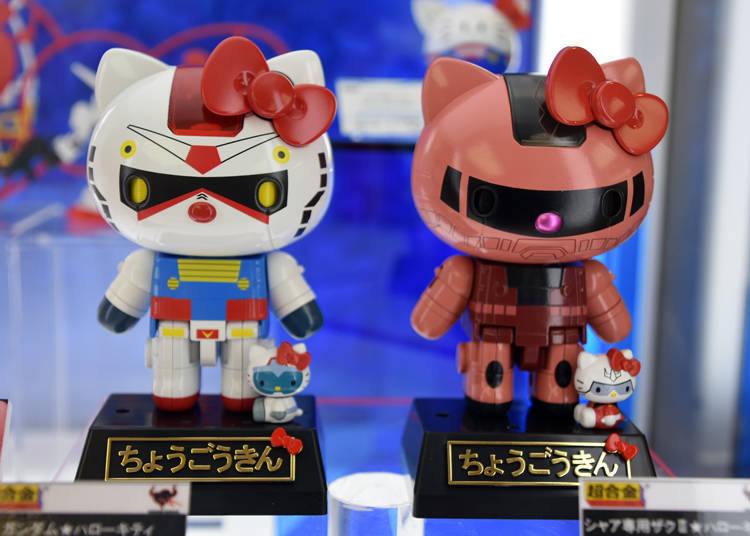 左:超合金鋼彈★Hello Kitty(6800日圓)/右:超合金 専用薩克Ⅱ★Hello Kitty(6800日圓)