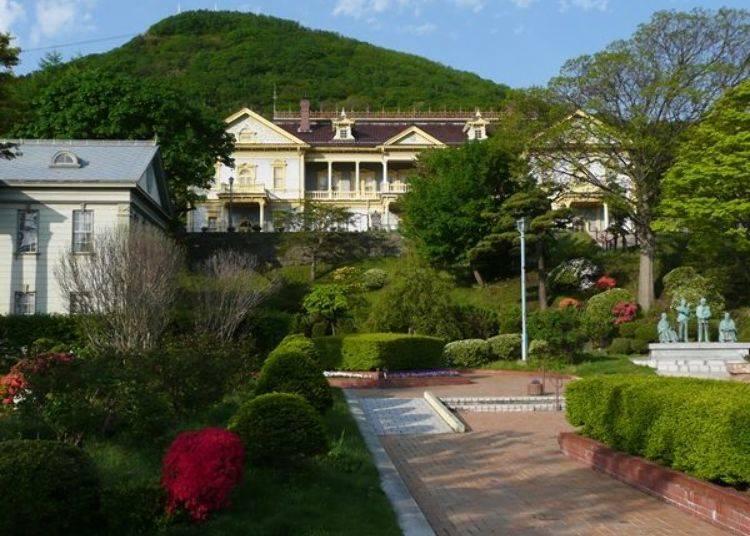 ▲舊函館區公會堂為元町公園附近的地標性建築物(此為施工前的照片)。
