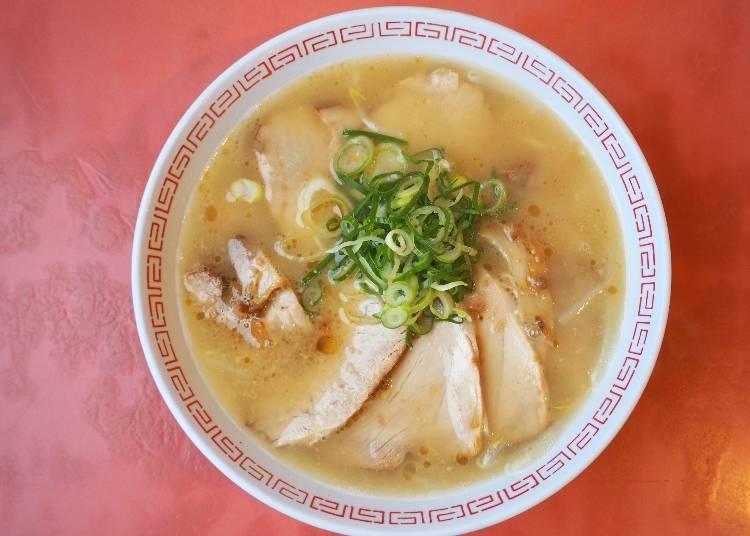 外國遊客點的就是這碗!滿滿叉燒肉的「叉燒麵」900日圓(含稅)