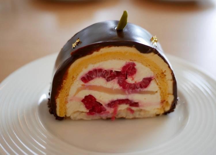 Tranche Champenoise 香檳巧克力莓果蛋糕(トランシュ・シャンプノワーズ)價格:670日圓(含稅)