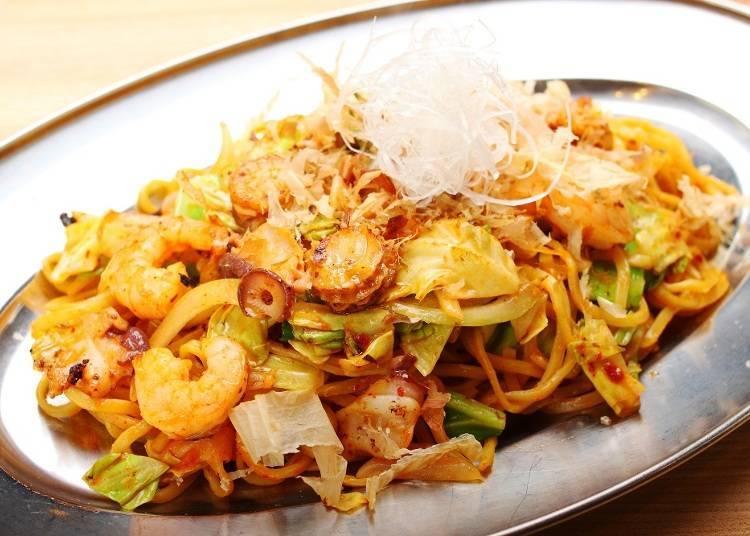 登別閻魔炒麵(980日圓、含稅)是在登別市內的部分店家才能品嚐得到的登別在地美食喔!