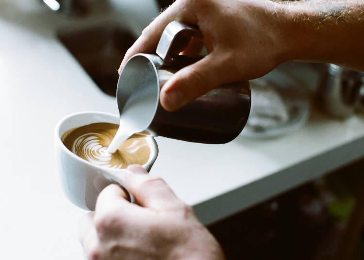 店家引以為傲的精選咖啡680日圓起~。也有拿鐵594日圓、摩卡702日圓