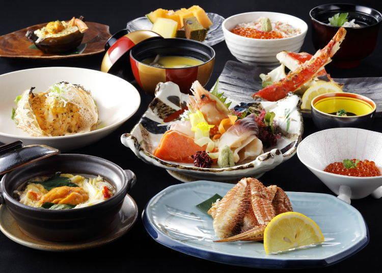 有嚼勁十足的北海道帝王蟹和毛蟹等11道的螃蟹宴席「大雪」套餐。