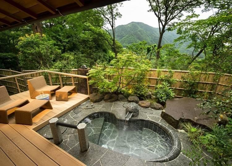 能眺望遠方大文字山山釐全景,附有頂級露天浴池的「獨棟『泉心』」