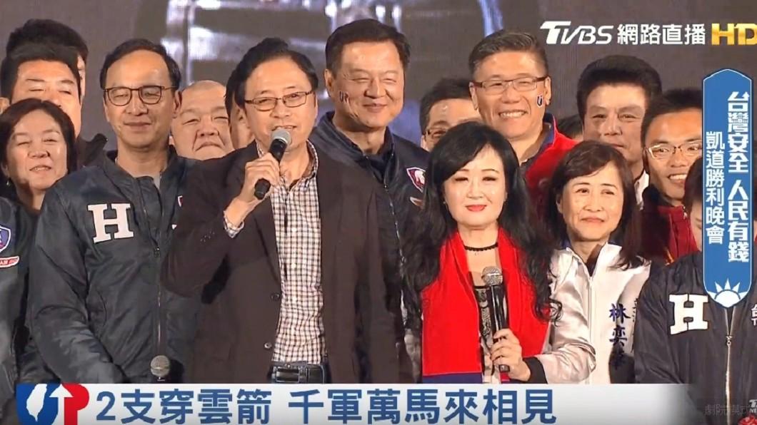 張琦雅首度登台助講。(圖/TVBS)