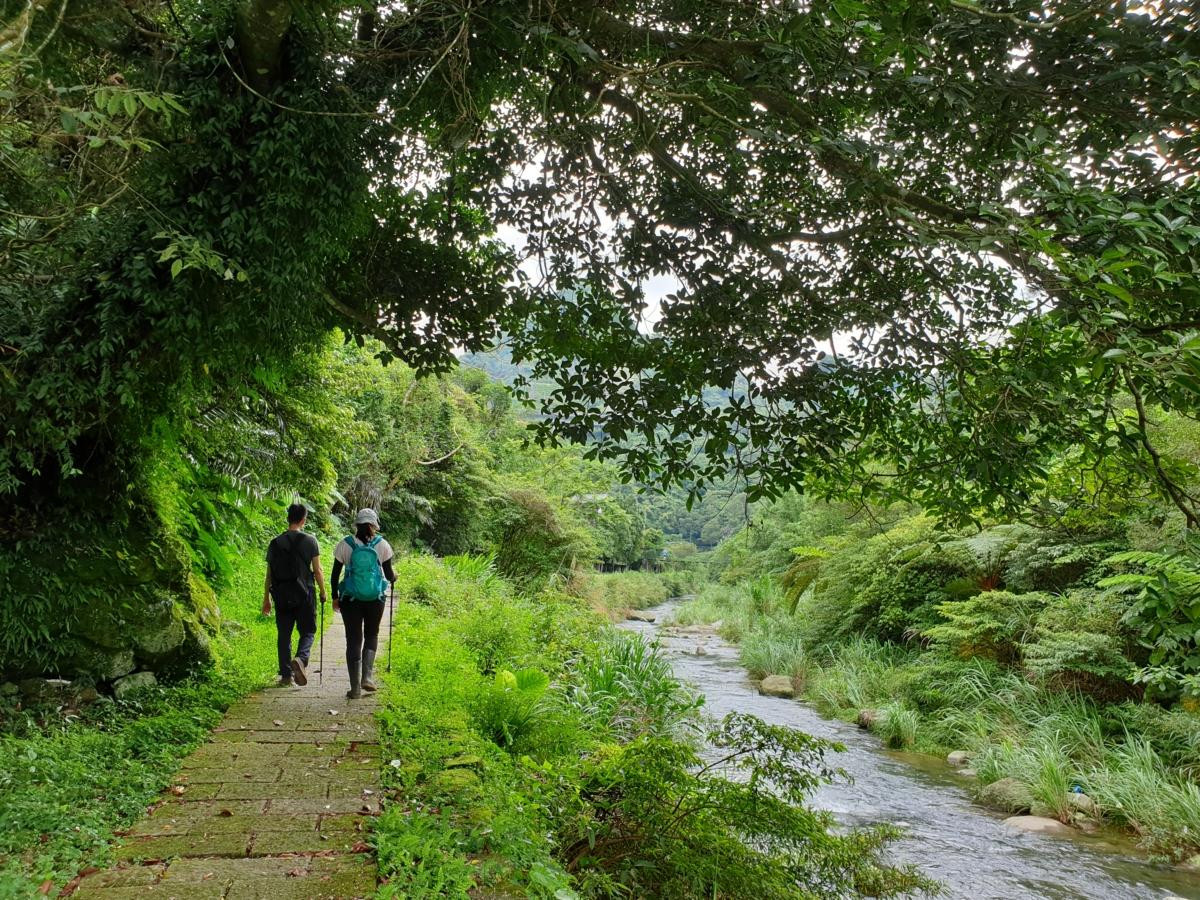 山羊洞步道和烏塗溪步道都位於石碇,兩條步道各有特色。圖:新北市觀光局/提供