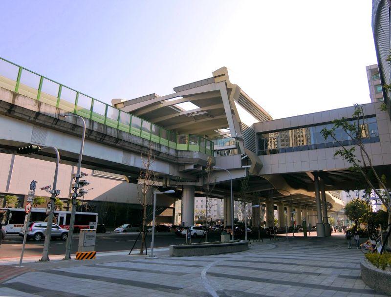 ▲中捷運線的市政府站新成屋與中古屋價差懸殊。(示意圖/台灣房屋提供)
