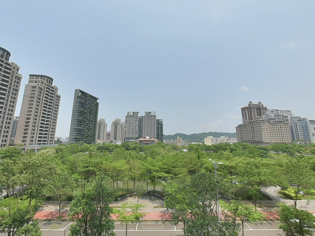 ▲高鐵新竹站旁的生醫園區設有台大醫院分院,將增添當地醫療資源,對區域發展有助益。(圖/信義房屋提供)