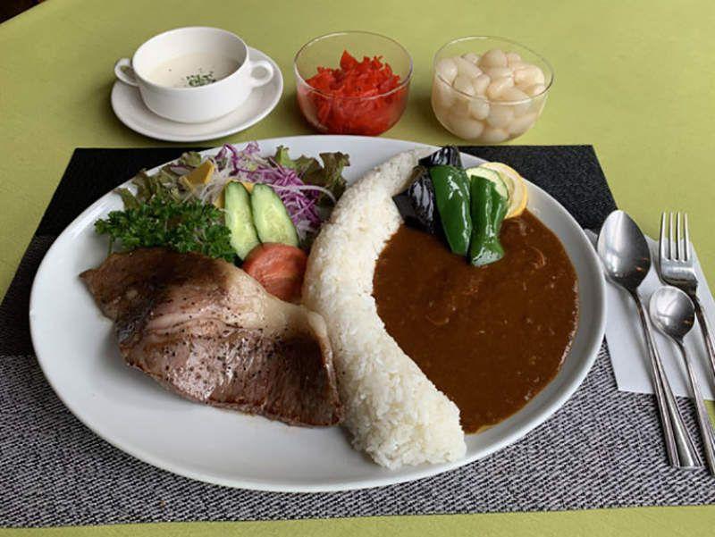 日本餐廳推「水壩咖哩飯」!土木專家卻吐槽:醬汁倒錯邊 - Yahoo奇摩