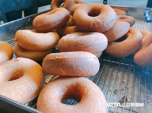 為何甜甜圈中間有洞?甜點控曝演變史 - Yahoo奇摩新聞
