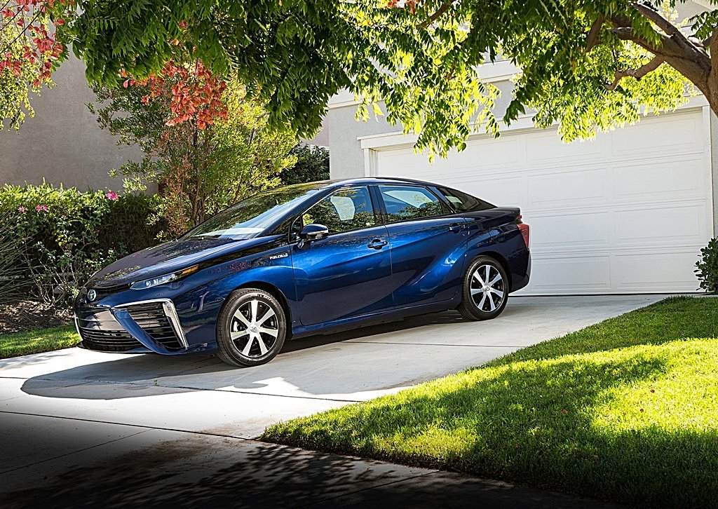 Toyota預告全新2代mirai氫燃料電池車正準備中 預定2020年推出