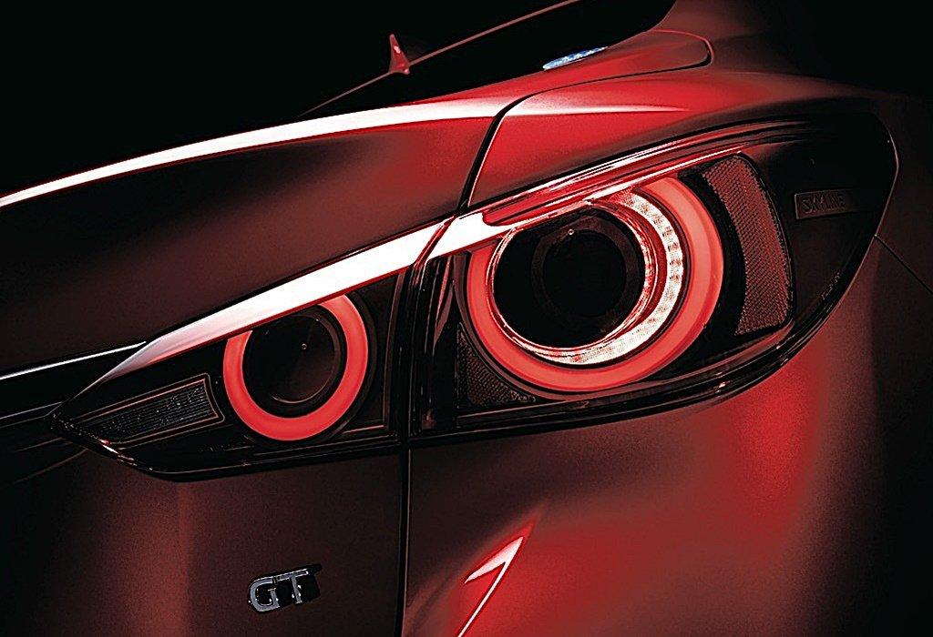 NISSAN發表歷來性能最強的Skyline,還換上一張GT-R的超跑臉
