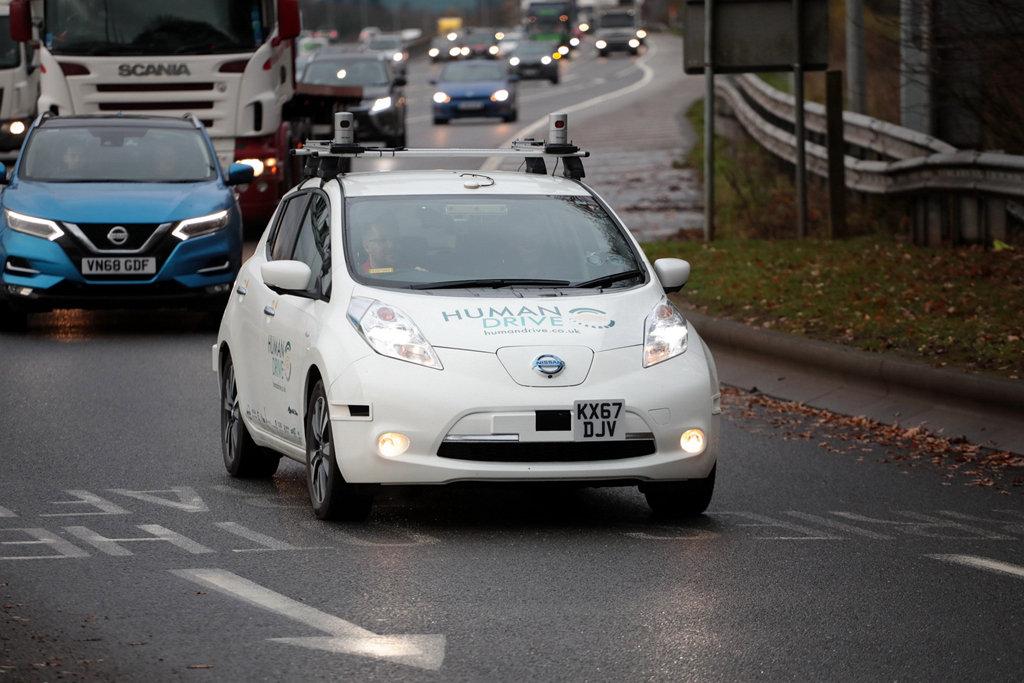 英國政府與企業聯手,NISSAN Leaf成功以自動駕駛穿越370公里路程