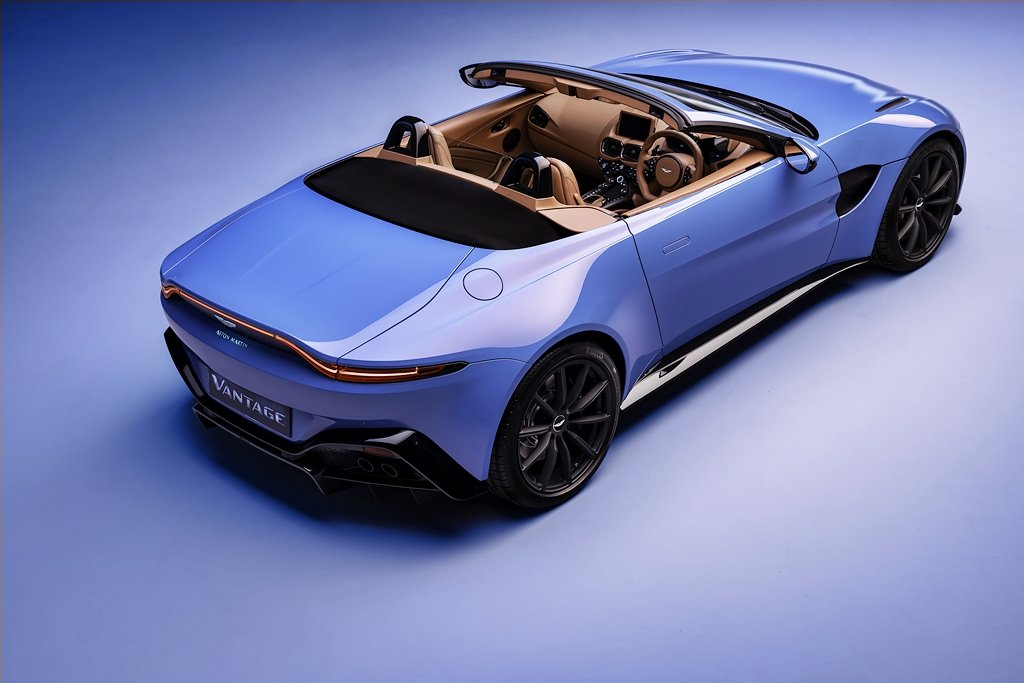 ASTON MARTIN全新Vantage Roadster敞篷跑車推出,號稱擁有世上開