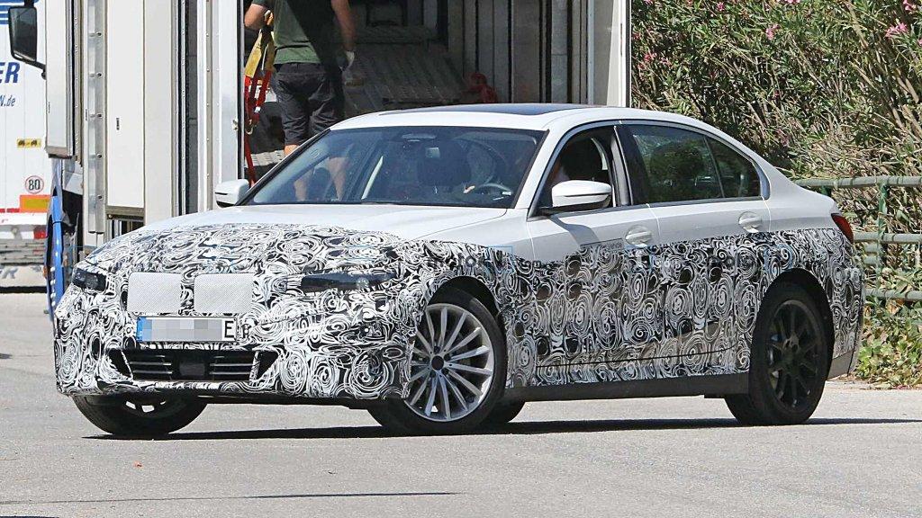 BMW正加速放電,3系列電動版路試間諜照流出