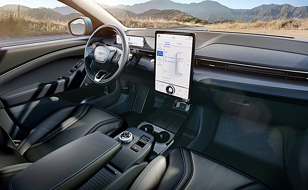 福特推出首部電動車Mustang Mach-E,具備公路行駛完全放手的自駕
